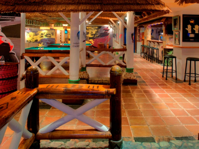 Muscat nightlife: bars, pubs, lounges and nightclubs