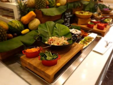 Taybat restaurant launches Asian-themed buffet night