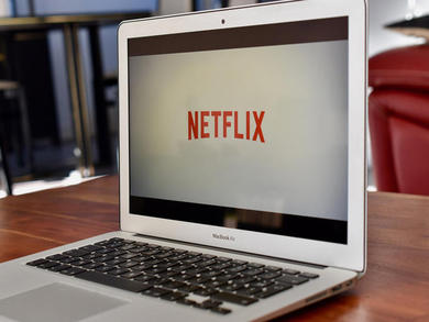 How to use Netflix Party in Muscat