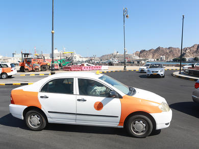 Oman bans more than two people travelling per taxi