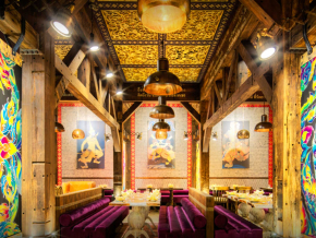 charm-Thai-Lounge-Restaurant.jpg